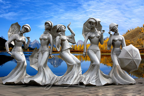 Outdoor Abstract Five Beautiful lady Sculptures With Umbrella In Stainless