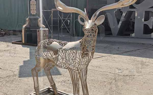 Where to Buy Beautiful Designed Stainless Steel Reindeer Sculpture CSS-183
